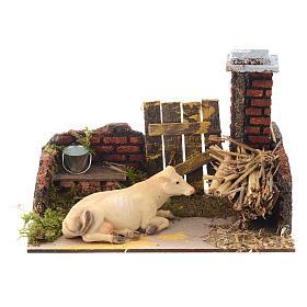 Krippenszene mit Kuh und Futterkrippe 15x20x12 cm s1