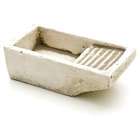 Nativity accessory, cloth wash tub in plaster s1