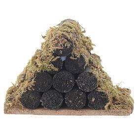 Catasta di legna con muschio presepe s1