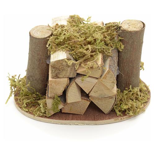 Pile de bois pour crèche avec mousse végéta 1