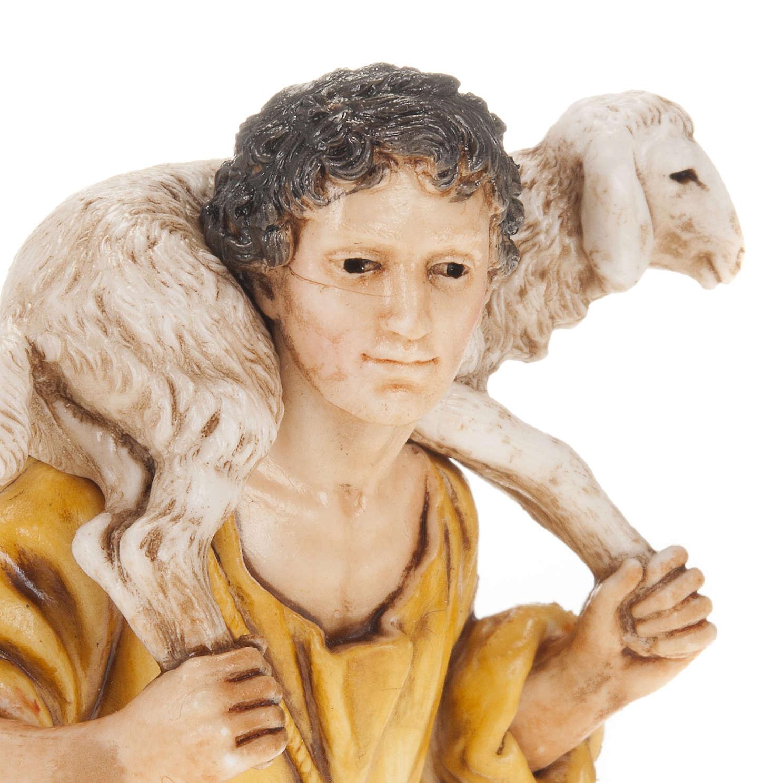Berger mouton sur ses épaules crèche Moranduzzo 13cm 3