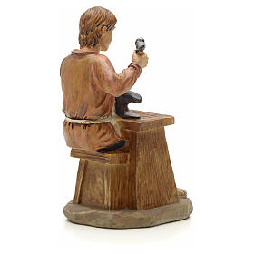 Shoemaker figurine in resin for nativities of 20cm s3