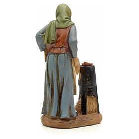 Farmer with chestnut pot figurine in resin for nativities of 20cm s3