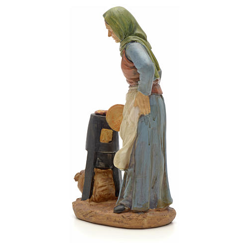 Farmer with chestnut pot figurine in resin for nativities of 20cm 2