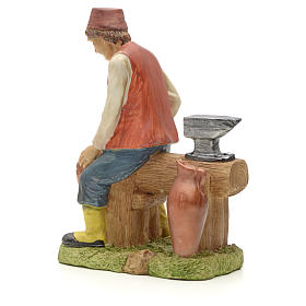 Man making pans figurine in resin for nativities of 20cm s2