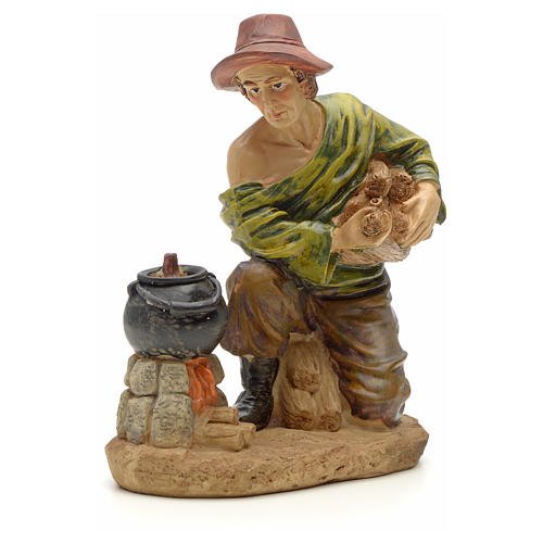 Woodsman with fire figurine in resin for nativities of 20cm 1