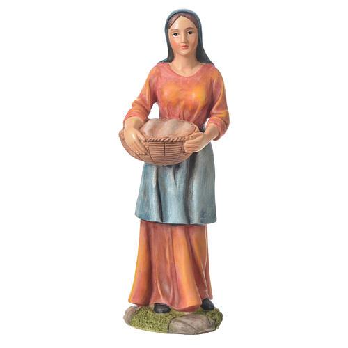 Agricultora con cesta para belenes de 30cm, resina 1