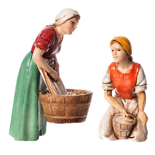 Woman milking and washerwoman, nativity figurines, 10cm Moranduzzo 1