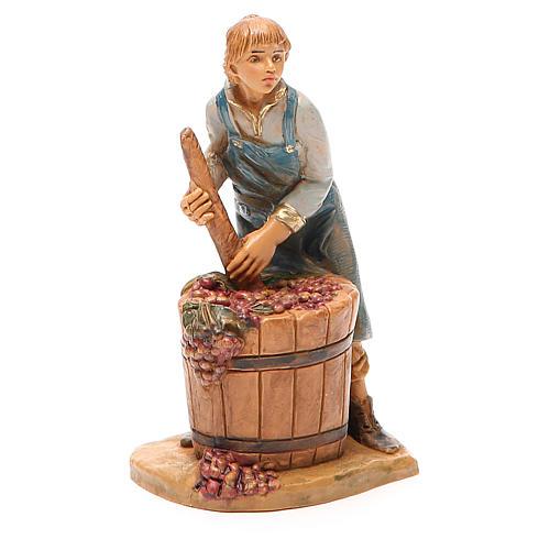 Paysan qui écrase le raisin 12 cm crèche Fontanini 1
