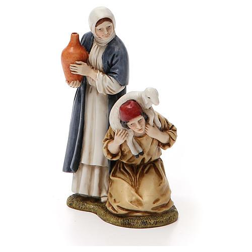Mujer con cántaro y pastor de rodillas belén Landi 11 cm 1