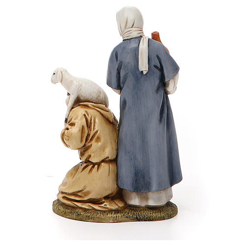 Mujer con cántaro y pastor de rodillas belén Landi 11 cm 3