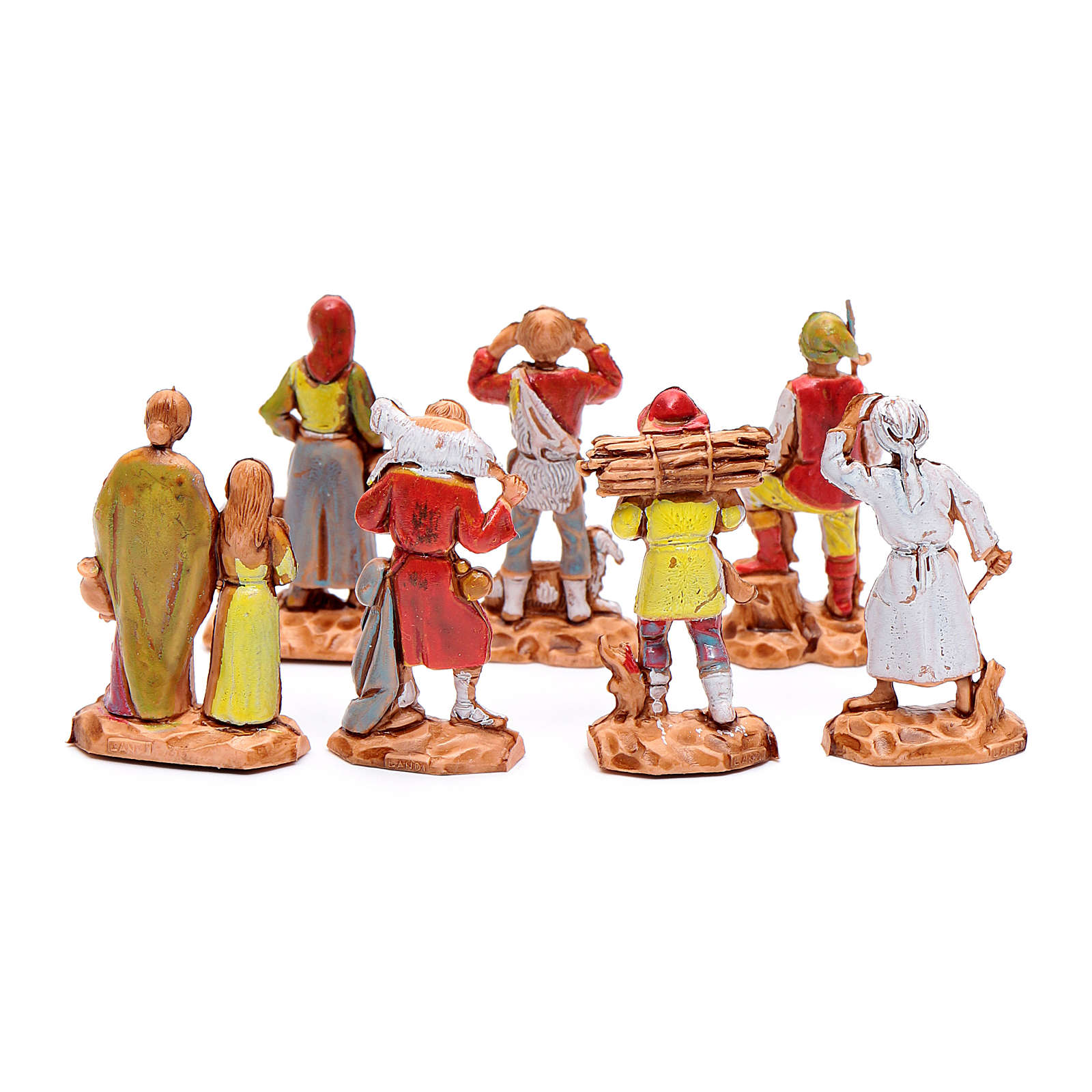 Assorted shepherds figurines, 7 pieces for nativities measuring 3.5cm 4