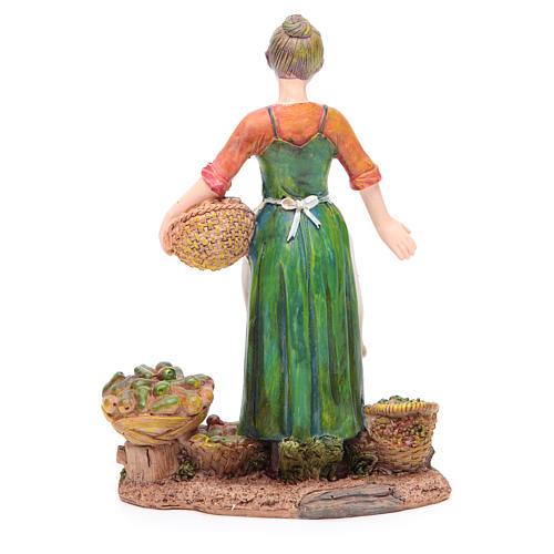 Donna con frutta e verdura 21 cm presepe resina 2