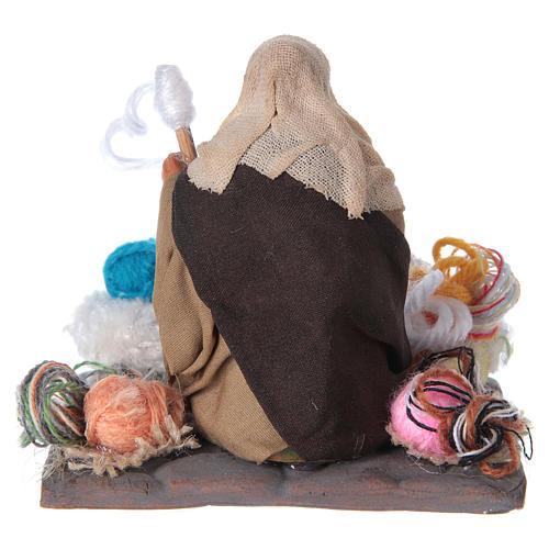 Woman spinning 10 cm for nativity scene 8