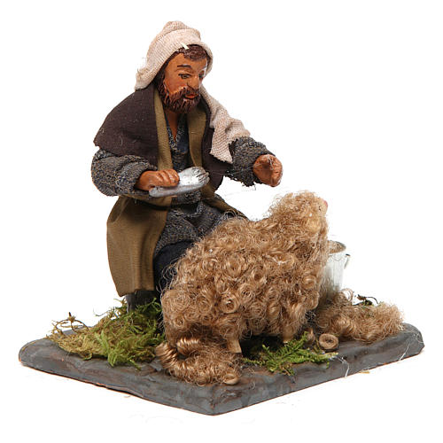 Shearer with sheep 10 cm for nativity set 3