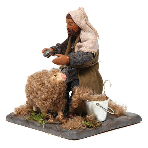 Shearer with sheep 10 cm for nativity set 2