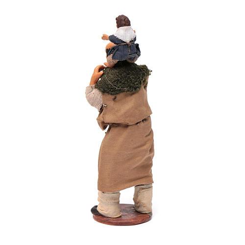 Uomo con bimbo sulle spalle 14 cm 7