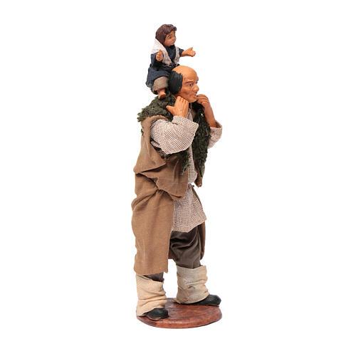Uomo con bimbo sulle spalle 14 cm 8
