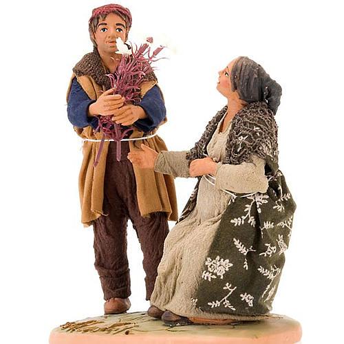 Scena donna incinta uomo con fiori 14 cm 2