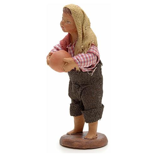 Enfant avec balle crèche 14 cm 2