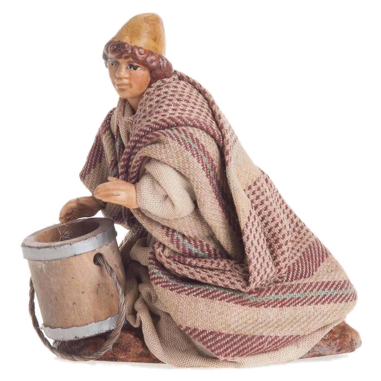 Santon crèche Napolitaine 8 cm enfant avec seau 4