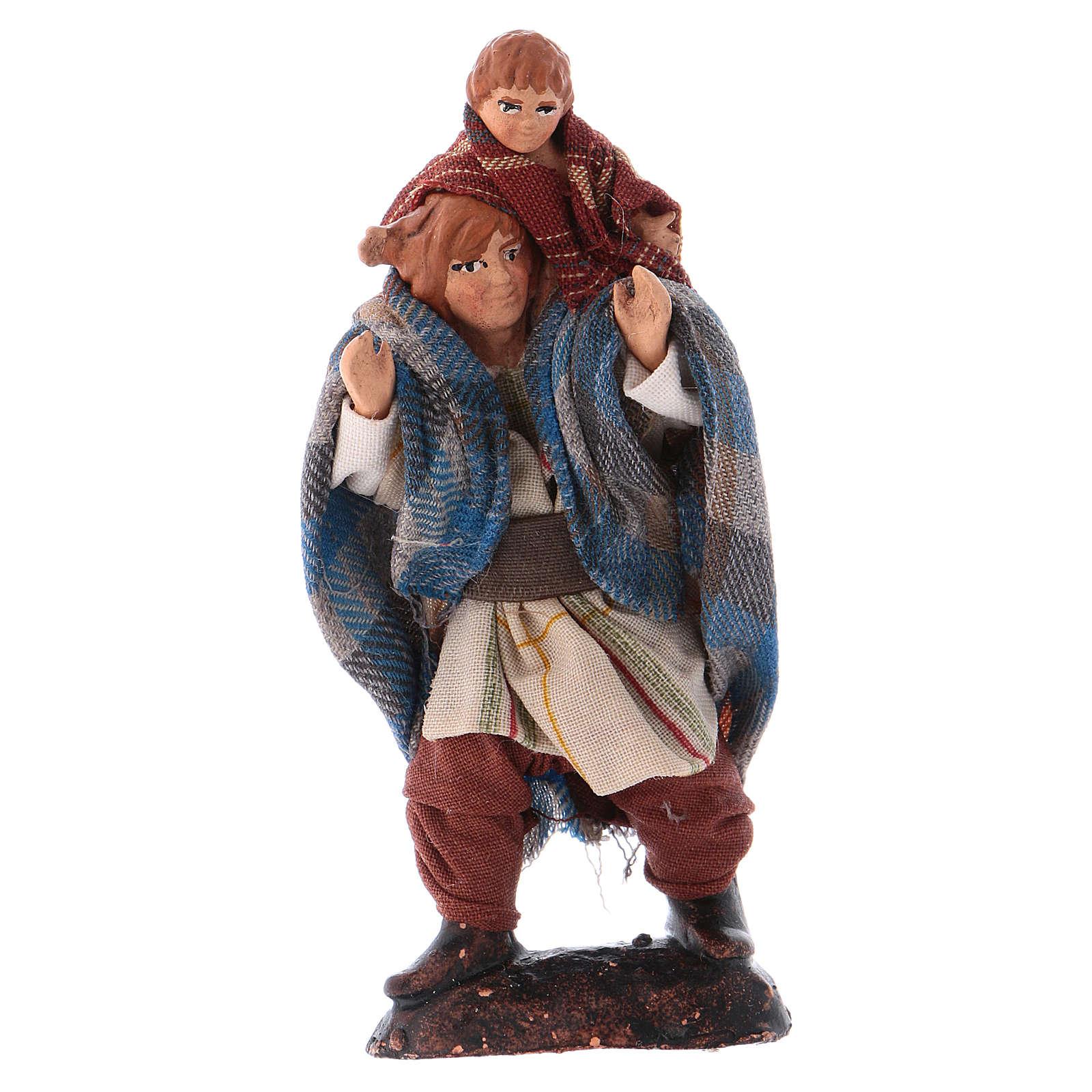 Santon crèche 8 cm homme avec enfant sur les épaules 4