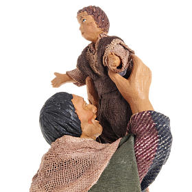 Nativity figurine man lifting up child 14cm s2