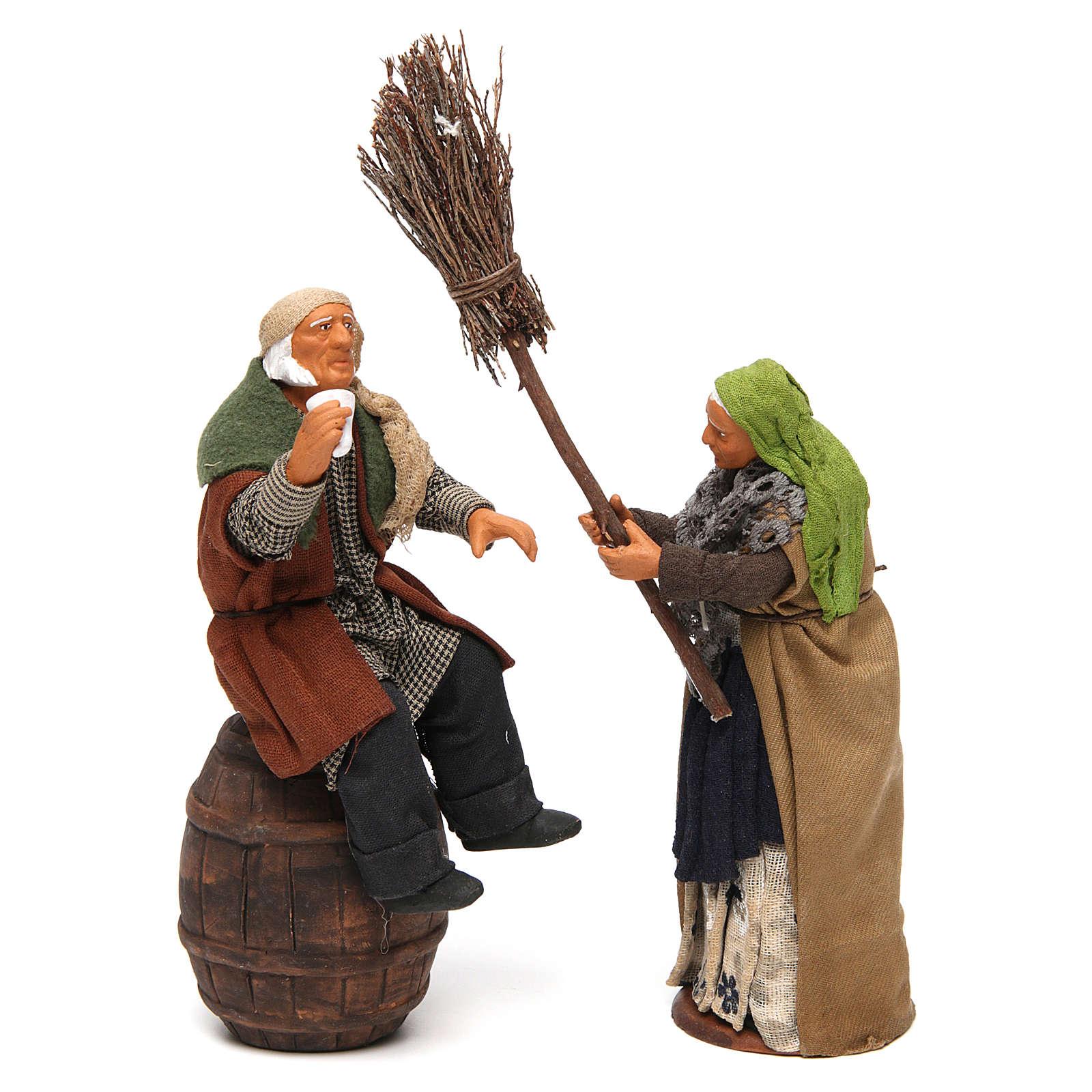 Scenetta ubriaco e donna con scopa 14 cm 4