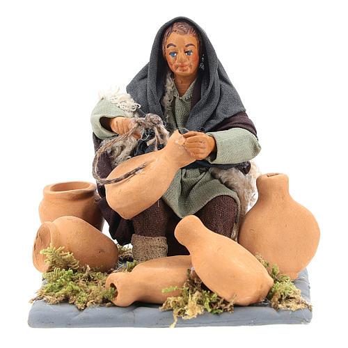 Neapolitan Nativity figurine, man repairing amphorae, 10 cm 5
