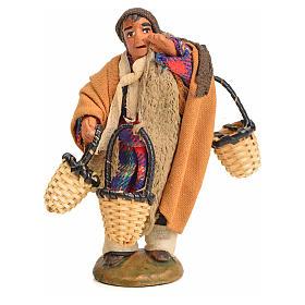 Uomo con cesti addosso 10 cm presepe napoletano s11