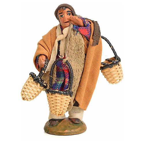 Uomo con cesti addosso 10 cm presepe napoletano 1