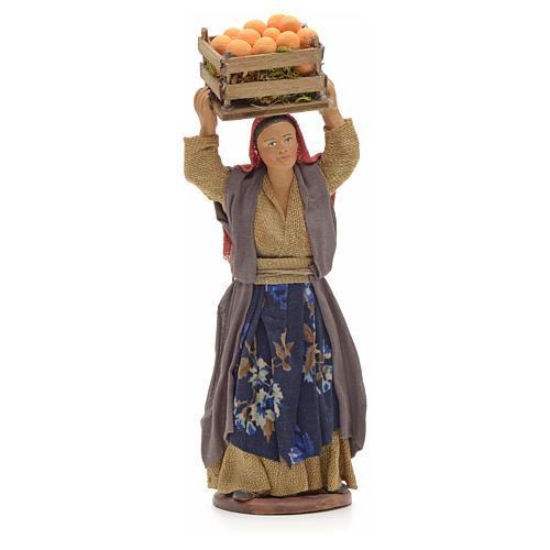 Donna con cesto di arance in testa 14 cm presepe Napoli 1