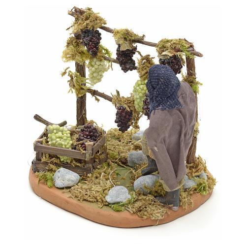 Neapolitan Nativity figurine, man harvesting grapes, 10 cm 6