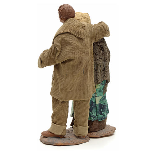 Coppia abbracciata 24 cm presepe napoletano 3