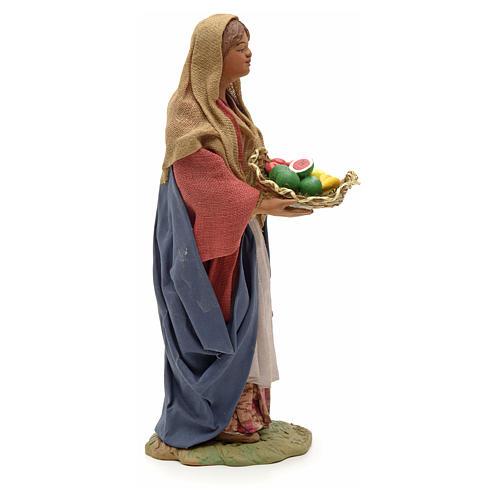Donna giovane con cesto frutta 24 cm presepe Napoli 8