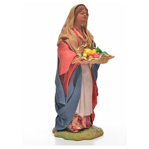 Donna giovane con cesto frutta 24 cm presepe Napoli 12