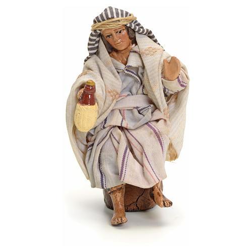 Neapolitan Nativity figurine, Arabian man with wine, 8 cm 1