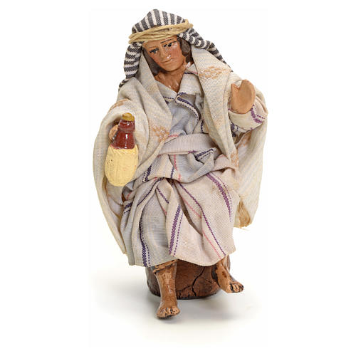 Neapolitan Nativity figurine, Arabian man with wine, 8 cm 1