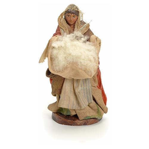 Neapolitan Nativity figurine, woman with wool, 8 cm 1