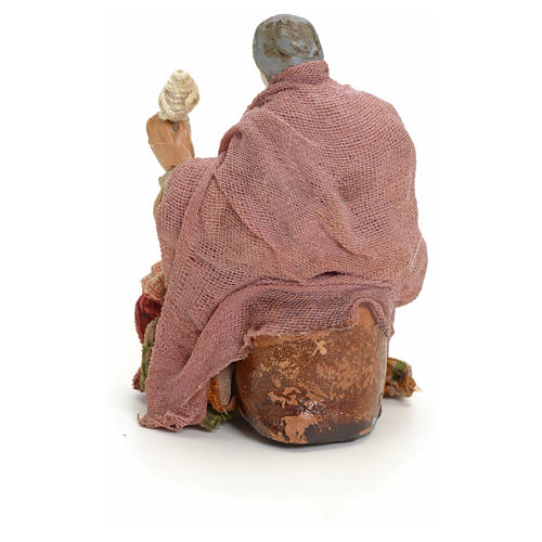 Neapolitan Nativity figurine, old lady with balls of thread, 8 c 3