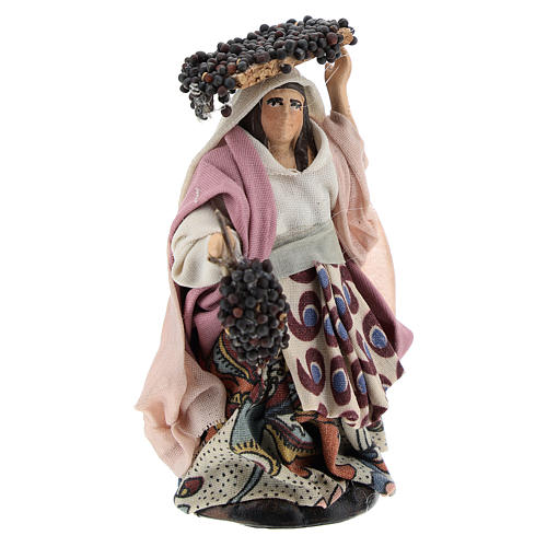 Neapolitan Nativity figurine, woman with bunches of grapes, 8 cm 3