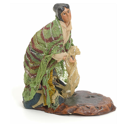 Neapolitan nativity figurine, woman with hanged clothes, 8cm 2