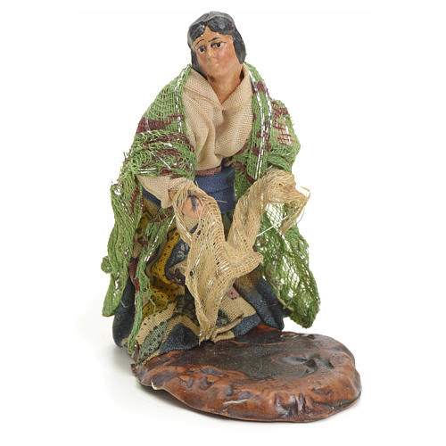 Neapolitan nativity figurine, woman with hanged clothes, 8cm 1