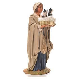 Mujer con cesta y gatos 24 cm belén Napolitano s4