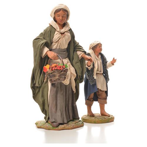 Mamma con bimbo per mano 24 cm presepe Napoli 4