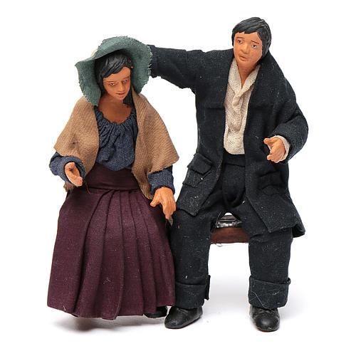 Coppia di fidanzati seduti 12 cm presepe napoletano 1