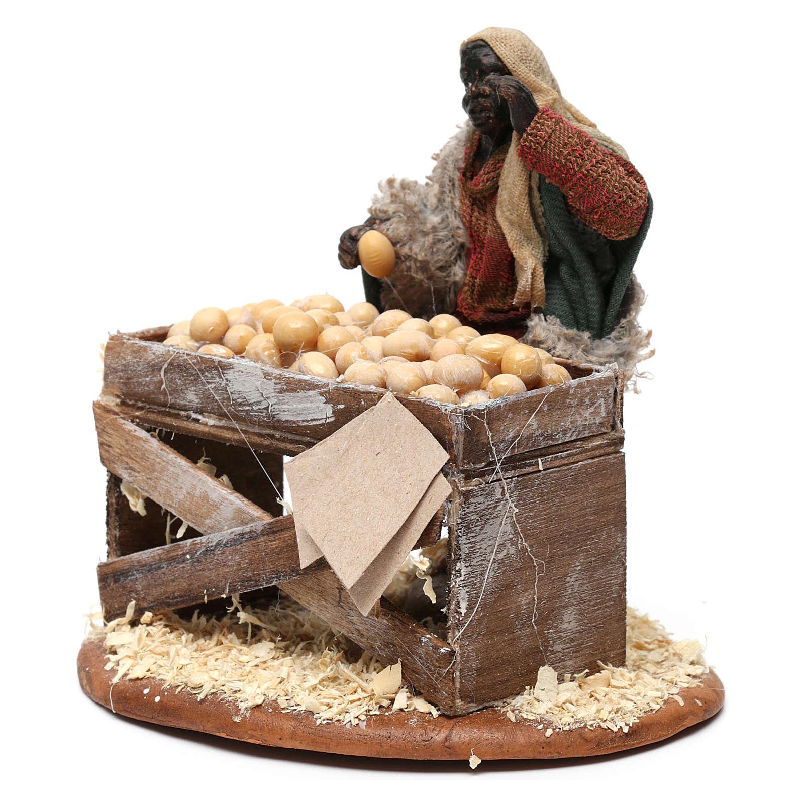 Venditore con banco di uova 10 cm presepe Napoli 4