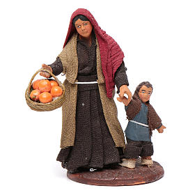 Woman holding child's hand, Neapolitan Nativity 10cm s1