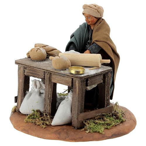 Woman kneading, Neapolitan nativity figurine 10cm 2