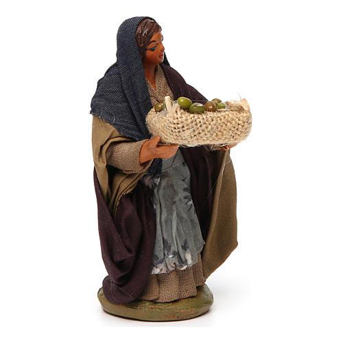 Donna cesto olive in mano 10 cm presepe Napoli 3